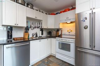 Photo 13: 205 949 Cloverdale Ave in VICTORIA: SE Quadra Condo for sale (Saanich East)  : MLS®# 820581