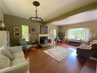 Photo 5: 749 GEORGIA VIEW Road: Galiano Island House for sale (Islands-Van. & Gulf)  : MLS®# R2487145