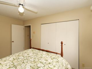 Photo 10: 2118 Bradford Ave in Sidney: Si Sidney North-East House for sale : MLS®# 844026
