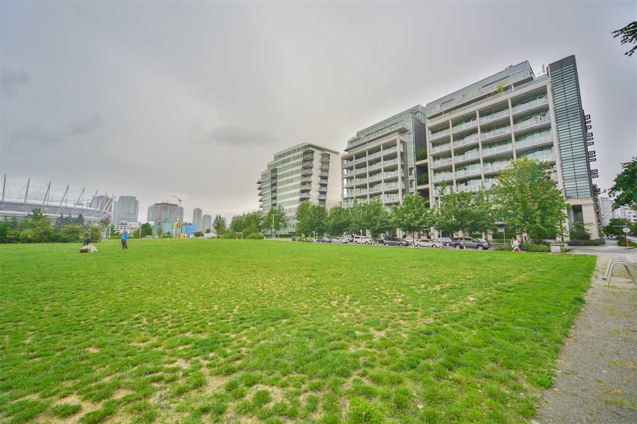 Photo 19: Photos: 606 1616 COLUMBIA STREET in Vancouver: False Creek Condo for sale (Vancouver West)  : MLS®# R2085306