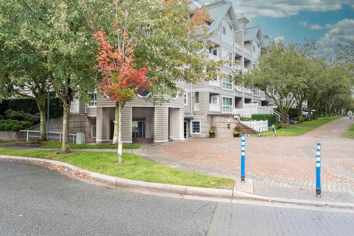 Main Photo: 221 5900 DOVER Crescent in Richmond: Riverdale RI Condo for sale : MLS®# R2585020