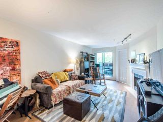 """Photo 6: 205 2741 E HASTINGS Street in Vancouver: Hastings Sunrise Condo for sale in """"The Riviera"""" (Vancouver East)  : MLS®# R2407419"""
