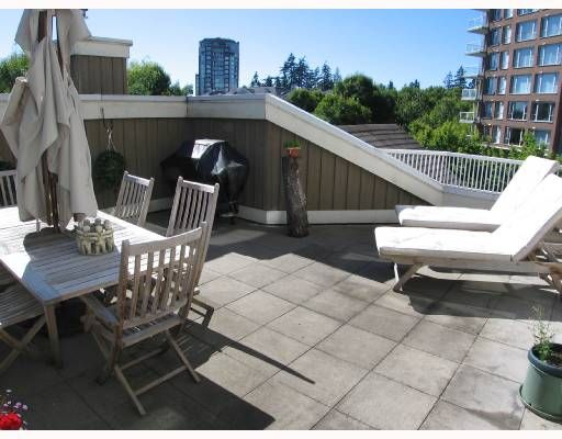 """Photo 9: Photos: 301 5605 HAMPTON Place in Vancouver: University VW Condo for sale in """"THE PEMBERLEY"""" (Vancouver West)  : MLS®# V657291"""