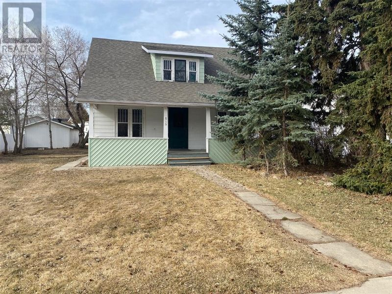 FEATURED LISTING: 519 Riverside Drive Drumheller