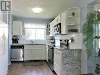 Photo 7: 909 10A Avenue SE in Slave Lake: House for sale : MLS®# A1128876
