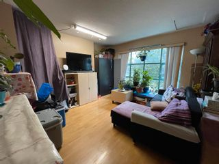 """Main Photo: 2B 2583 E 10TH Avenue in Vancouver: Renfrew Heights Townhouse for sale in """"Gardenia Villa"""" (Vancouver East)  : MLS®# R2624200"""
