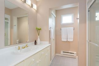"""Photo 21: 1585 BOWSER Avenue in North Vancouver: Norgate Townhouse for sale in """"Illahee"""" : MLS®# R2465696"""