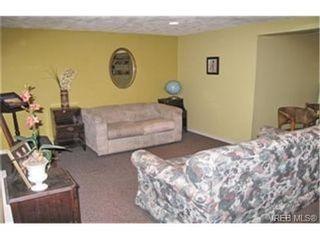 Photo 7:  in VICTORIA: Vi Mayfair House for sale (Victoria)  : MLS®# 431350