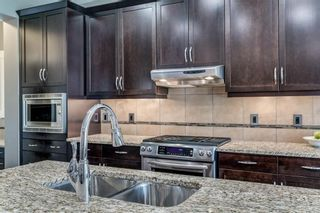 Photo 7: 173 WEST COACH Place SW in Calgary: West Springs Detached for sale : MLS®# C4248234