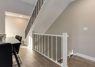 Photo 4: 1956 19 Street NW in Calgary: Banff Trail Row/Townhouse for sale : MLS®# A1071030