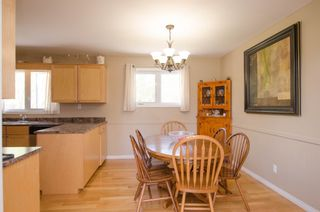 Photo 7: 151 McCaughan Road in St Francis Xavier: Rosser / Meadows / St. Francois Xavier Single Family Detached for sale : MLS®# 1425476
