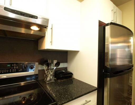 """Photo 4: Photos: 1704 811 HELMCKEN Street in Vancouver: Downtown VW Condo for sale in """"IMPERIAL TOWER"""" (Vancouver West)  : MLS®# V783490"""
