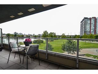 """Photo 17: 107 8 SMITHE MEWS Mews in Vancouver: Yaletown Townhouse for sale in """"THE FLAGSHIP"""" (Vancouver West)  : MLS®# V1075648"""
