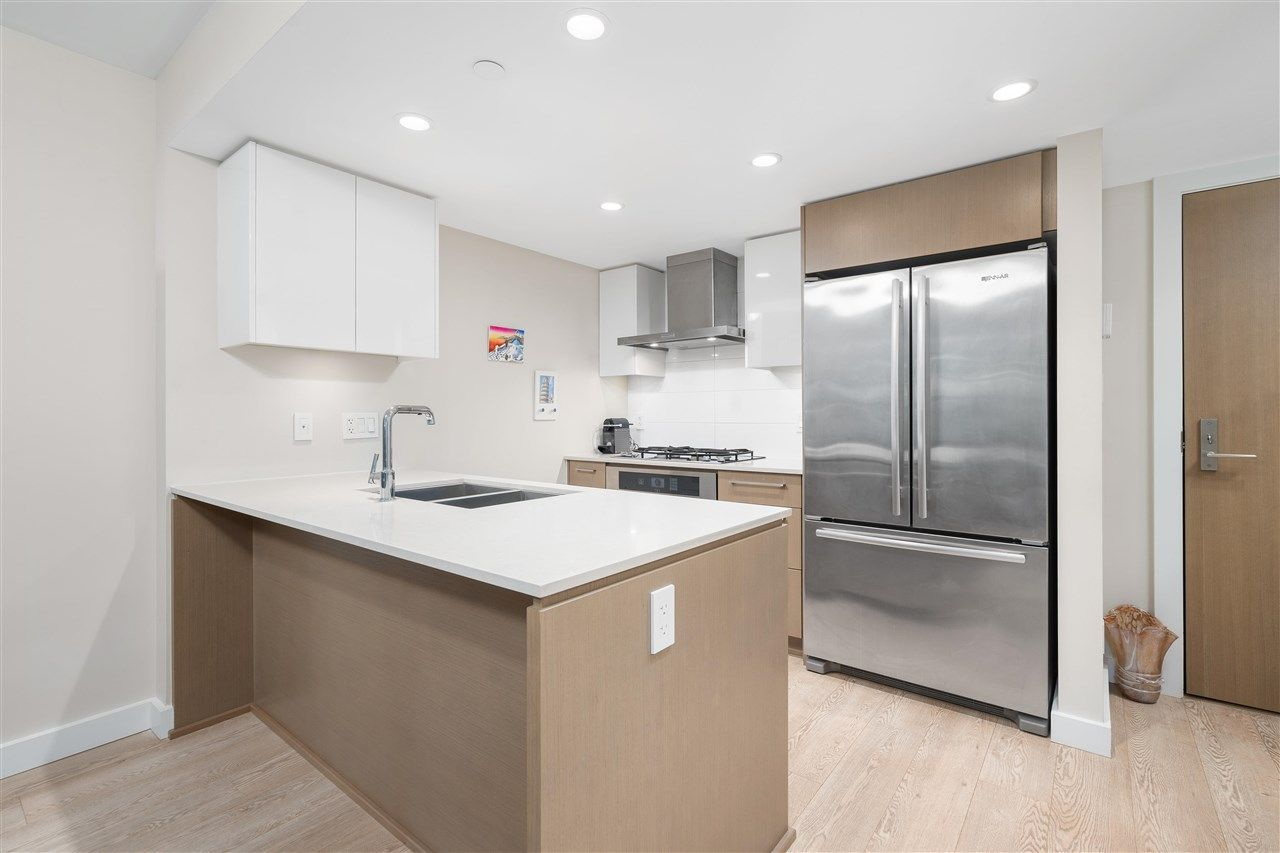 """Main Photo: 210 1618 QUEBEC Street in Vancouver: Mount Pleasant VE Condo for sale in """"CENTRAL"""" (Vancouver East)  : MLS®# R2590704"""