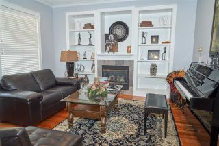 """Photo 2: 11228 TULLY Crescent in Pitt Meadows: South Meadows House for sale in """"Bonson's Landing"""" : MLS®# R2246447"""