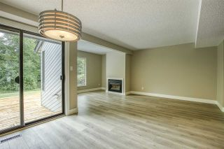 """Photo 7: 15879 ALDER Place in Surrey: King George Corridor Townhouse for sale in """"ALDERWOOD"""" (South Surrey White Rock)  : MLS®# R2471622"""