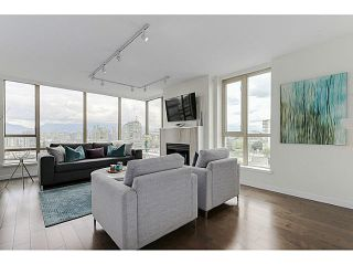 "Photo 2: 902 1405 W 12TH Avenue in Vancouver: Fairview VW Condo for sale in ""THE WARRENTON"" (Vancouver West)  : MLS®# V1120678"