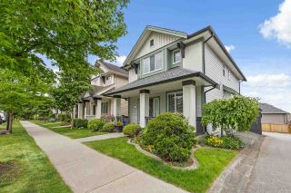"""Photo 2: 6053 164 Street in Surrey: Cloverdale BC House for sale in """"FOXRIDGE"""" (Cloverdale)  : MLS®# R2587319"""