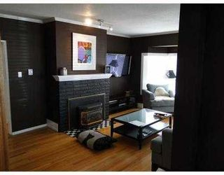 Photo 2: 145 27TH Street E in North Vancouver: Home for sale : MLS®# V895331