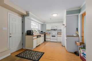 Photo 14: 2310 DAWES HILL ROAD in Coquitlam: Cape Horn House for sale : MLS®# R2043585