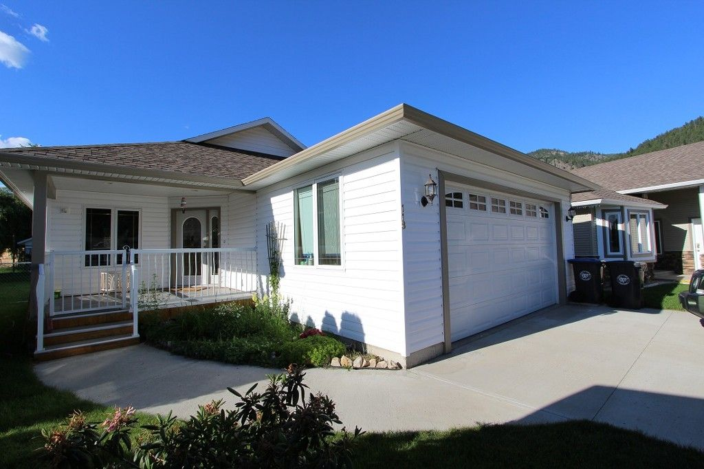 Main Photo: 118 Leighton Place in Chase: House for sale