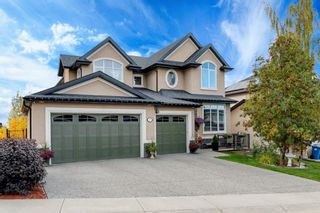 Main Photo: 35 Crestridge Heights SW in Calgary: Crestmont Detached for sale : MLS®# A1148519