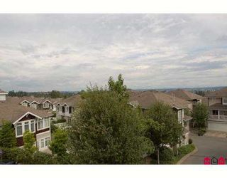 """Photo 3: 57 15030 58TH Avenue in Surrey: Sullivan Station Townhouse for sale in """"Summerleaf"""" : MLS®# F2721119"""