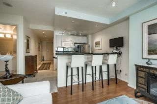 """Photo 8: 1803 1331 W GEORGIA Street in Vancouver: Coal Harbour Condo for sale in """"THE POINTE"""" (Vancouver West)  : MLS®# R2073333"""