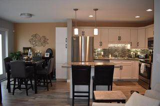 Photo 4: 2 908 Headmaster Row in Winnipeg: Condominium for sale (3H)  : MLS®# 202013029