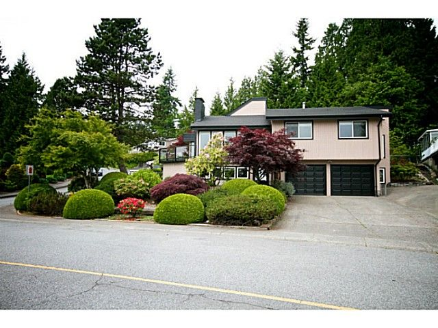 Main Photo: 380 DARTMOOR Drive in Coquitlam: Coquitlam East House for sale : MLS®# V1125171