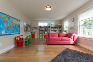 "Photo 21: 42302 KNOX Avenue: Yarrow House for sale in ""YARROW"" : MLS®# R2054781"
