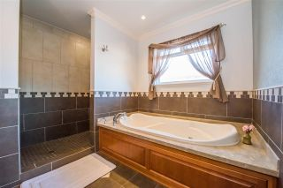 Photo 13: 4223 KITCHENER Street in Burnaby: Willingdon Heights House for sale (Burnaby North)  : MLS®# R2142526