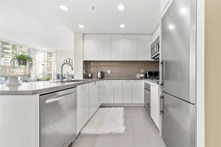 Photo 8: 606 4880 BENNETT STREET in Burnaby: Metrotown Condo for sale (Burnaby South)  : MLS®# R2537281