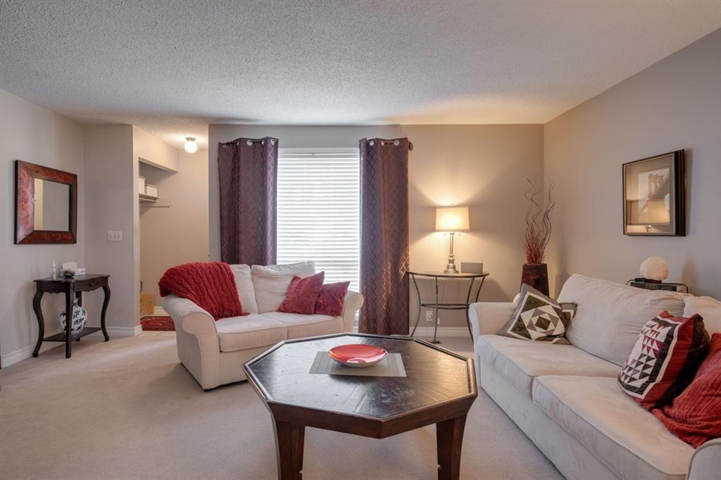 Main Photo: 89 7205 4 Street NE in Calgary: Huntington Hills Row/Townhouse for sale : MLS®# A1118121