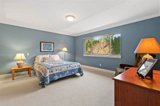 Photo 26: 2318 CHANTRELL PARK Drive in Surrey: Elgin Chantrell House for sale (South Surrey White Rock)  : MLS®# R2558616