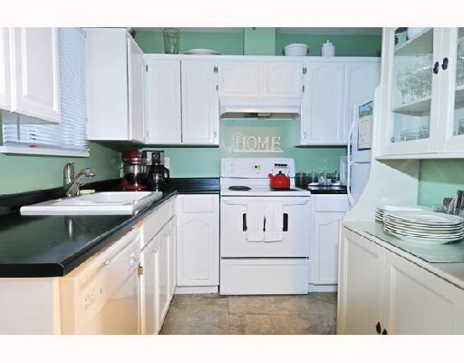 "Photo 5: Photos: 2 20625 118TH Avenue in Maple_Ridge: Southwest Maple Ridge Townhouse for sale in ""WESTGATE TERRACE"" (Maple Ridge)  : MLS®# V694890"