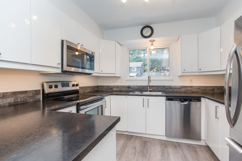 Photo 10: Photos: 1559 134A Street in Surrey: Crescent Bch Ocean Pk. House for sale (South Surrey White Rock)  : MLS®# R2538712