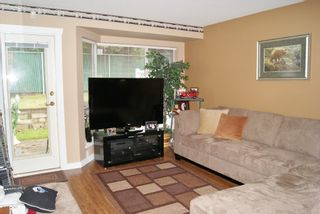 """Photo 3: 33 9088 HOLT Road in Surrey: Queen Mary Park Surrey Townhouse for sale in """"ASHLEY GROVE"""" : MLS®# F1301762"""