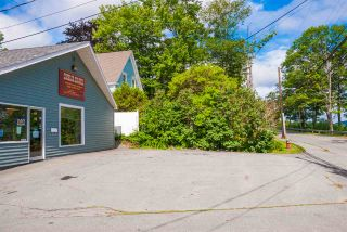 Photo 2: 287 KING Street in Bridgewater: 405-Lunenburg County Commercial  (South Shore)  : MLS®# 202106077