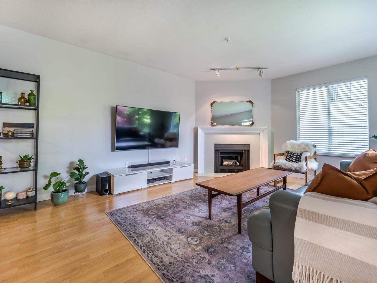 """Main Photo: 305 1009 HOWAY Street in New Westminster: Uptown NW Condo for sale in """"HUNTINGTON WEST"""" : MLS®# R2587896"""