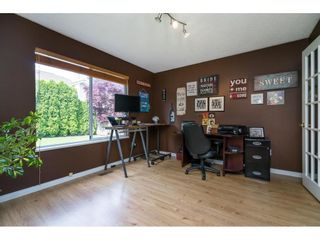"""Photo 14: 16079 11A Avenue in Surrey: King George Corridor House for sale in """"SOUTH MERIDIAN"""" (South Surrey White Rock)  : MLS®# R2578343"""