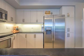 Photo 5: 409 89 S RIDOUT Street in London: South F Residential for sale (South)  : MLS®# 40129541