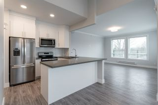 """Photo 4: 308 2389 HAWTHORNE Avenue in Port Coquitlam: Central Pt Coquitlam Condo for sale in """"The Ambrose"""" : MLS®# R2530447"""
