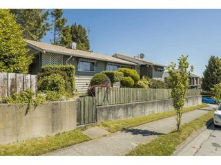 Photo 3: 7686 ARGYLE STREET in Vancouver: Fraserview VE House for sale (Vancouver East)  : MLS®# R2585109