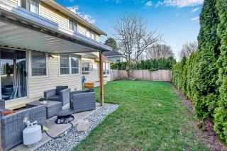 """Photo 9: 6219 189TH STREET Street in Surrey: Cloverdale BC House for sale in """"Eaglecrest"""" (Cloverdale)  : MLS®# R2549565"""