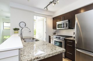 Photo 5: 106 1855 Stainsbury Avenue in Vancouver: Victoria VE Townhouse for sale (Vancouver East)  : MLS®# V1128908