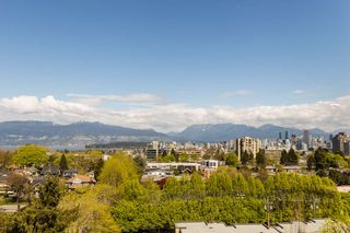 """Photo 5: 900 1788 W 13TH Avenue in Vancouver: Fairview VW Condo for sale in """"THE MAGNOLIA"""" (Vancouver West)  : MLS®# R2497549"""