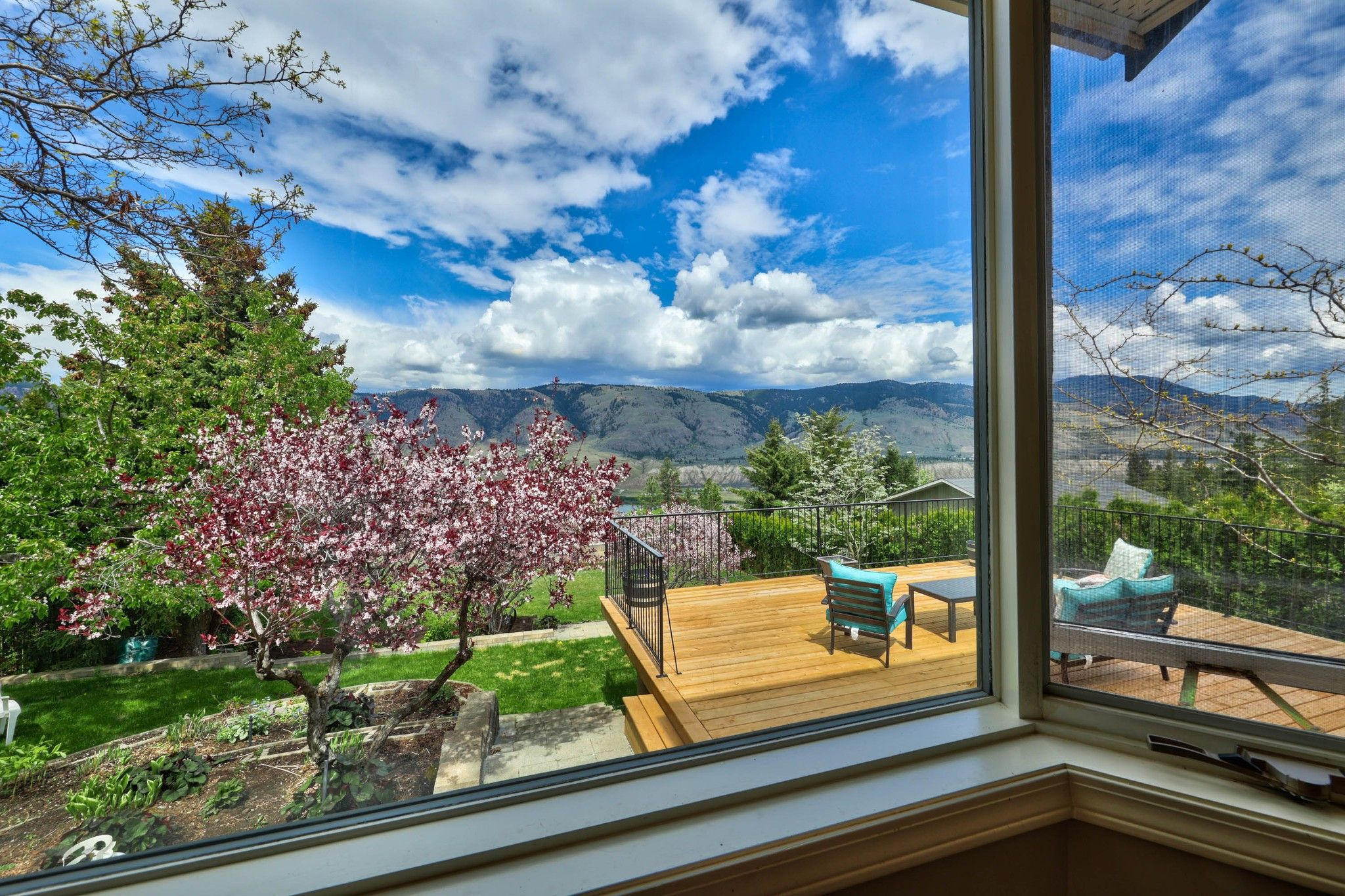 Photo 14: Photos: 2816 Capilano Drive in Kamloops: Juniper Heights House for sale : MLS®# 162002