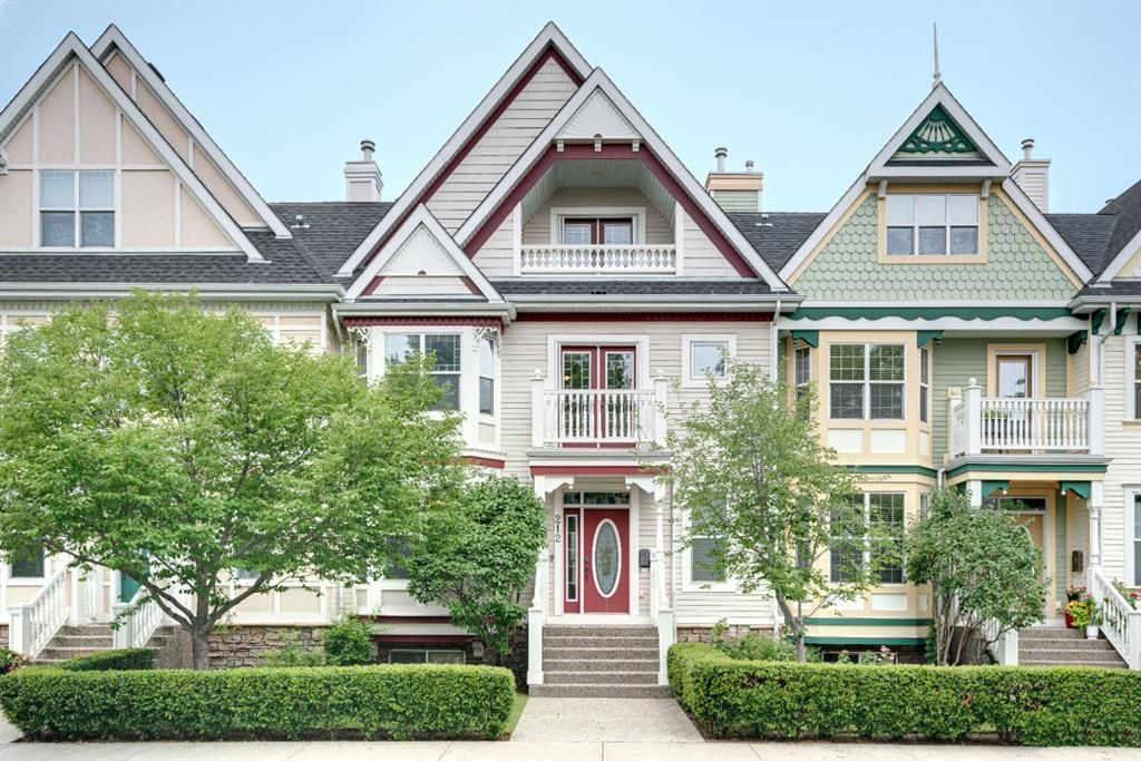 Main Photo: 212 Somme Avenue SW in Calgary: Garrison Woods Row/Townhouse for sale : MLS®# A1129738