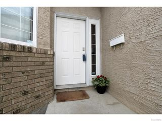 Photo 2: 27 CASTLE Place in Regina: Whitmore Park Residential for sale : MLS®# SK615002